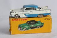 DINKY TOYS Voiture miniature 24D Plymouth Belvedere