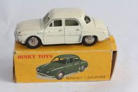 DINKY TOYS Voiture miniature 24E Renault Dauphine
