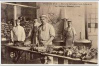 CPA 42 Loire Roanne Préparation repas prisonniers Allemand Guerre Frankreich n°32 Croix Rouge