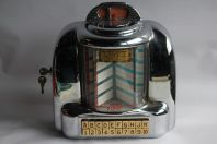 Seeburg Wall-O-Matic 100 Juke Box USA