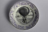 Assiette faïence CREIL & MONTEREAU Militaires Reconnaissance en ballon