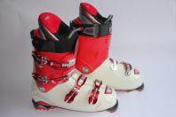 Chaussures de ski ATOMIC M11