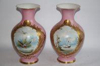 Paire de vases porcelaine rose émaillée Oiseaux Napoléon III
