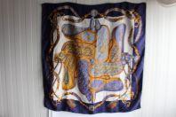 """HERMES foulard en soie """" Festival """" H.d'ORIGNY"""