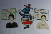 Cartons publicitaires eau VICHY Célestins