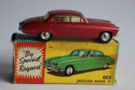 CORGI TOYS 238 Voiture Jaguar Mark X