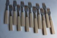 Ensemble de douze fourchettes a pâtisserie Eloi Art déco