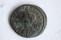 Centenionalis ou Nummus Constantine II (317-340) PROVIDEN-TIAE CAESS