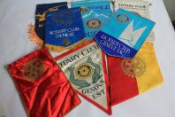 Collection de 8 anciens fanions ROTARY CLUB