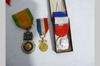 Décorations militaires et civiles