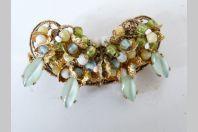 Broche perles de verre