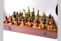 Jeu d'échecs bois laqué Russe