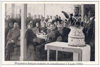 CPA GUERRE 1914-18 Prisonniers Français malades en convalescence à Leysin (1916)